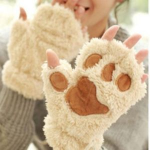 Accessories - New Paw gloves